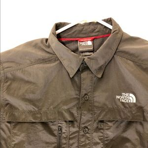 The north face button down shirt size L